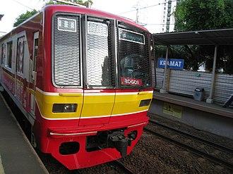 KA Commuter Line Jatinegara–Bogor - Image: Commuterline at Kramat Station 2