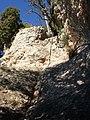 Corda d'ascens a un Castellot de Tanca de darrere el Forat del Vent, Parc natural de Sant Llorenç del Munt i l'Obac (desembre 2011) - panoramio.jpg