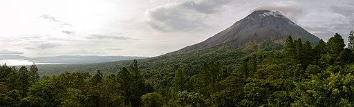 Costa Rica Arenal Volcano (pixinn.net)
