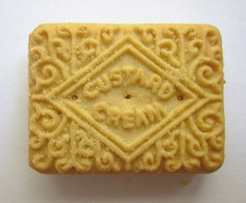 File:Custard cream biscuit.jpg