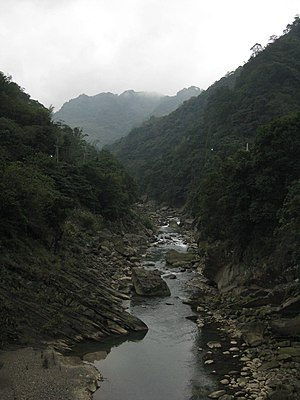 Dabao River from the Couhe Bridge in Sansia.JPG