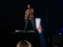 Dark Horse Tour 2009 Seether Guitarist 1.jpg