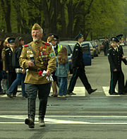 Dashing war veteran and cadets in SPb