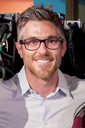 Dave Annable - Dave Annable on the set of ''Heartbeat'' in 2016