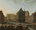 De Dam te Amsterdam met het nieuwe stadhuis in aanbouw Rijksmuseum SK-A-1916.jpeg