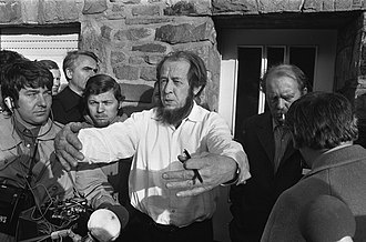 Aleksandr Solzhenitsyn - Solzhenitsyn with Heinrich Böll in Langenbroich, West Germany, 1974
