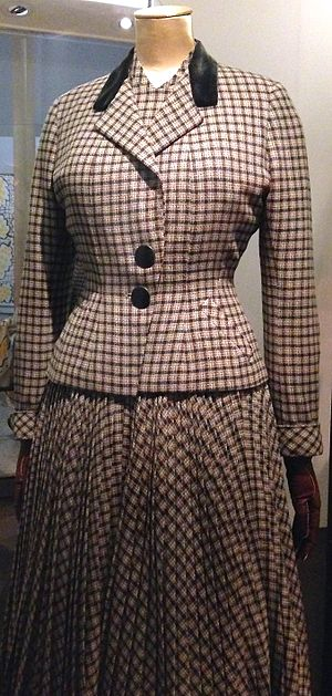 Digby Morton - Digby Morton checked jacket and dress ensemble from 1948-9, part of the Victoria and Albert Museum archive