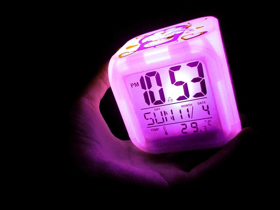 Digital cube light clock