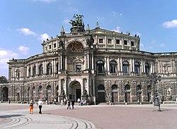 Semperoper front facade