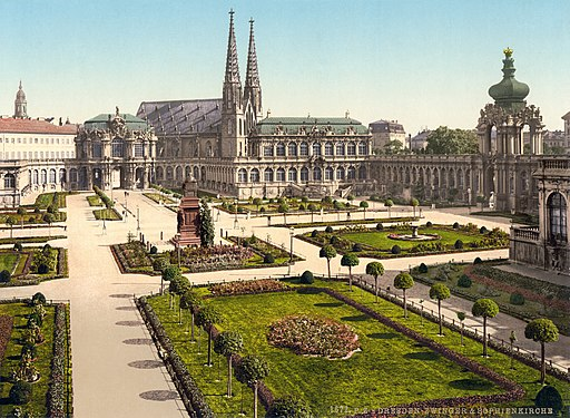 Dresden. Zwinger & Sophienkirche. - Detroit Publishing Co