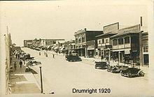 https://upload.wikimedia.org/wikipedia/commons/thumb/f/ff/Drumright_1920.jpg/220px-Drumright_1920.jpg
