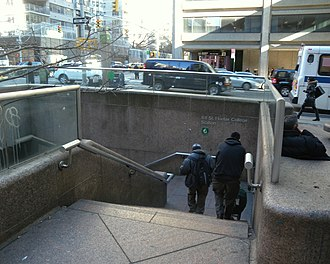 68th Street–Hunter College (IRT Lexington Avenue Line) - Exterior stair, SW corner of 68th Street and Lexington Avenue