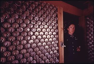 Tin Can Wall Wikipedia