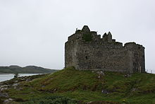 Photo of a ruined stone castle