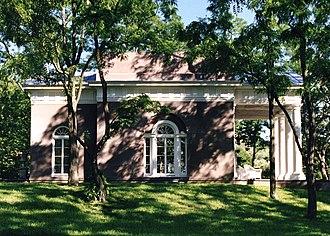 Michael Middleton Dwyer - Image: Edgewater 1999 MM Dwyer Garden Pavilion