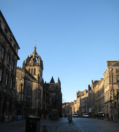 Edinburgh Royal Mile.jpg