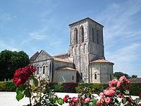 Eglise de Tanzac.JPG