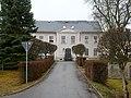 Ehemalige Schule, Hauptstraße 52, Hartmannsdorf-Reichenau (2).jpg
