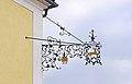 Ehemaliges Gasthaus 10347 Schmiedeeisenausleger in A-2070 Retz.jpg