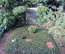 Ehrengrab Hüttenweg 47 (Dahl) Renee Sintenis.jpg
