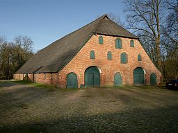 Manorial domain Emkendorf (Slesvic-Holstein, Germany), former cow-shed, photo 2008
