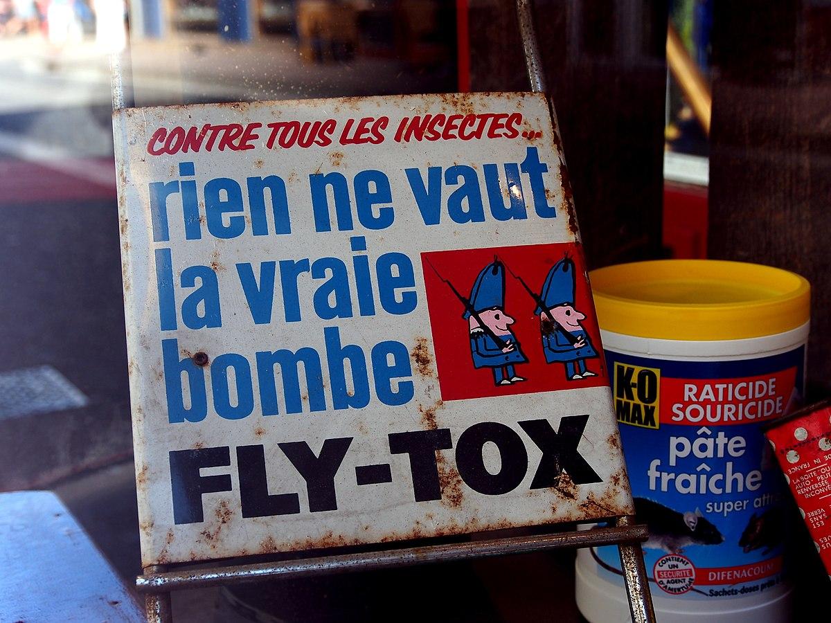 File:Enamel advertising sign on rack, Contre Tous les Insectes, Rien ne  vaut la vraie bombe, FLY-TOX.JPG - Wikimedia Commons