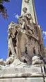 Escalier de Marseille-Saint-Charles, groupe Marseille colonie grecque.jpg