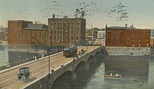 4th Street Bridge, Waterloo, Iowa. 1914.