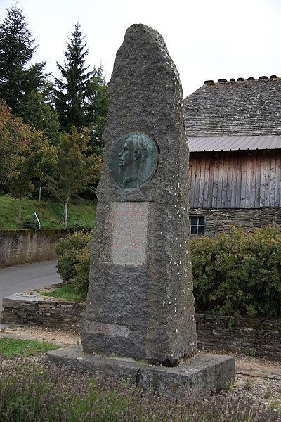 File:FR48 Le Bleymard Memorial Henri Rouvière 00.JPG
