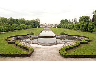 Villa Pisani, Stra - Image: False facade and stables Villa Pisani (Stra)