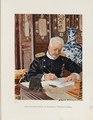 Feldmarschall Graf Waldersee am Arbeitstisch im Winterpalast zu Peking.tif