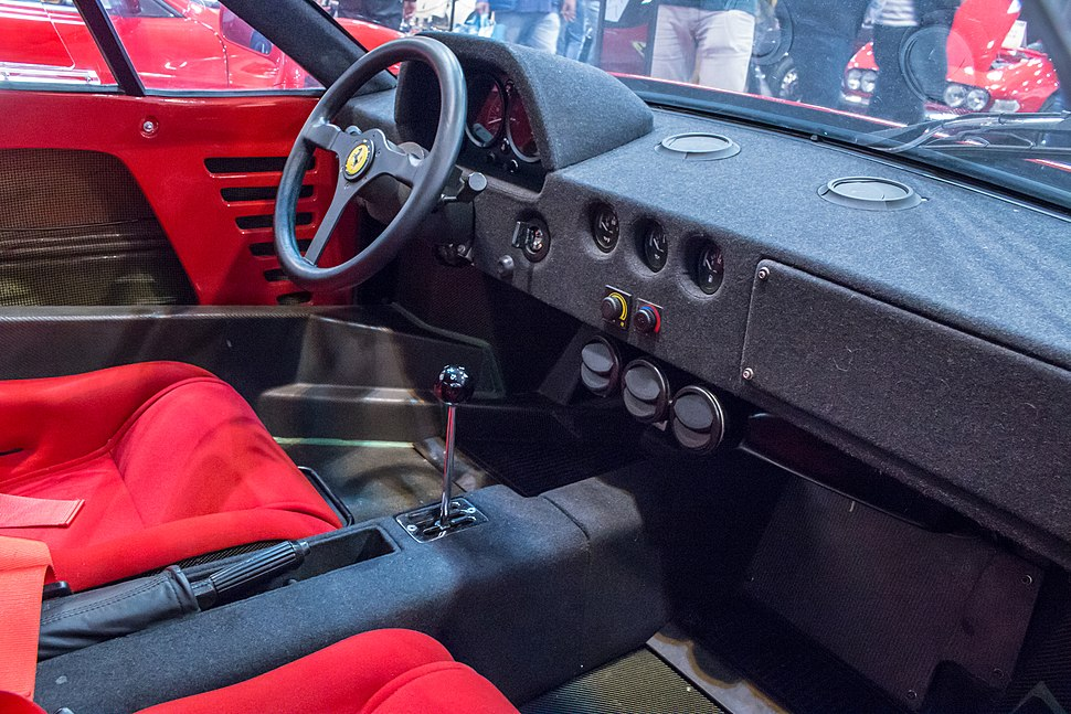 Ferrari, Techno-Classica 2018, Essen (IMG 9434)