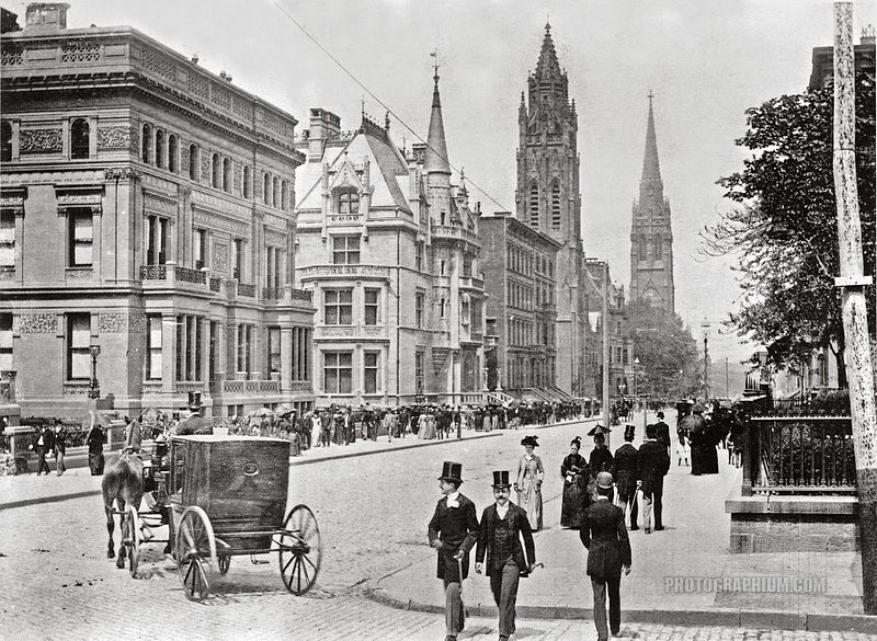 File:Fifth Avenue Easter Parade, 1898.jpg