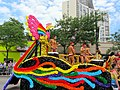 Filipinos and Friends in Chicago Peacock Float (9183401557).jpg