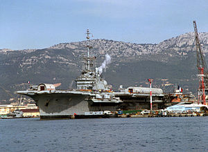 Foch (R99) during refit at Toulon in 1988.JPEG