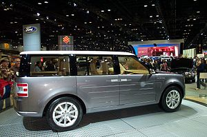 Ford Flex - 2005 Ford Fairlane concept at 2005 Chicago Auto Show