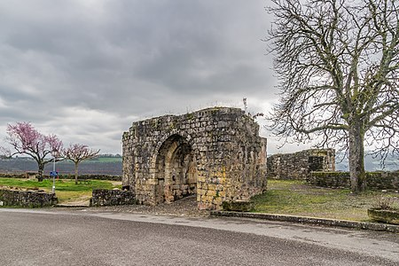 Porte Gergovie – fortifications of Capdenac, Lot, France