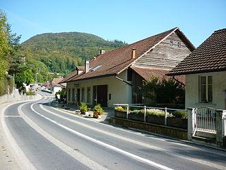 Vauffelin - Frinvillier village main street