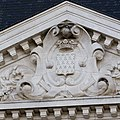 Fronton du pavillon sud de la façade du lycée Émile Zola, Rennes, France.jpg