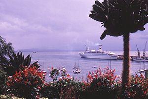 Funchal, Kreuzfahrtschiff Maxim Gorkiy - 1978.jpg
