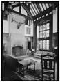 GREAT HALL FIREPLACE, LOOKING SOUTHWEST - Stan Hywet Hall, 714 North Portage Path, Akron, Summit County, OH HABS OHIO,77-AKRO,5-55.tif