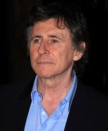Gabriel Byrne couple