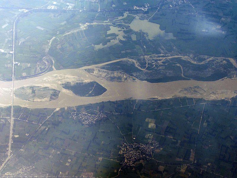 File:Ganges - August2016.jpg