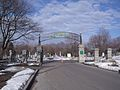 Gates of Notre-Dame-des-Neiges Cemetery, Montreal 01.jpg