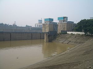 Gezhouba-downstream-4816.jpg