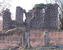 Glengarnock Castle Ayrshire - entrance.jpg