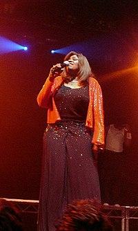 Gloria Gaynor 2003.jpg