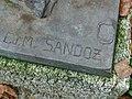 Grabskulptur auf dem Friedhof am Hörnli. Von Édouard-Marcel Sandoz (1881–1971).jpg