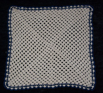 Cat blanket. Crochet: single granny square wit...