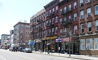 Greenpoint, Brooklyn - Greenpoint streetscape on Manhattan Avenue